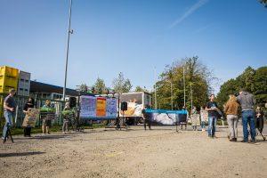 Deutsches Tierschutzbüro e.V. Schockbilder aus Tönnies- Zulieferbetrieb: Tierrechtler*innen zeigen Bilder auf Leinwand vor Tönnies-Schlachthof in Sögel (Niedersachsen)